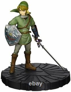 Deluxe Legend of Zelda Twilight Princess Link Deluxe Collector's Figure