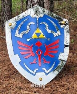 Legend of Zelda Hylian Shield Twilight Princess Steel Plated Battle-Ready Replic